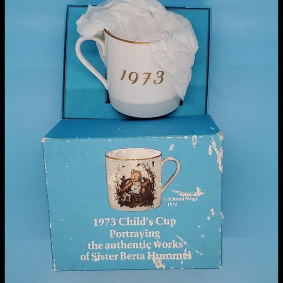 1973•Child's cup•Sister Berta HUMMEL•Bundle/save!